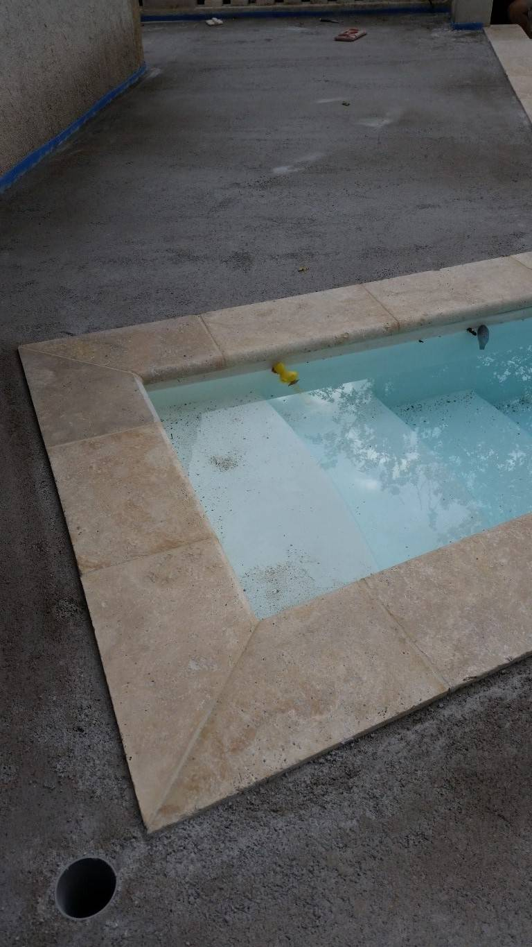 Carrelage et dallage pour int rieur et ext rieur sur for Carrelage interieur piscine